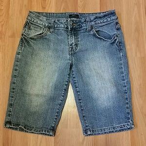 BP jean shorts sz 9